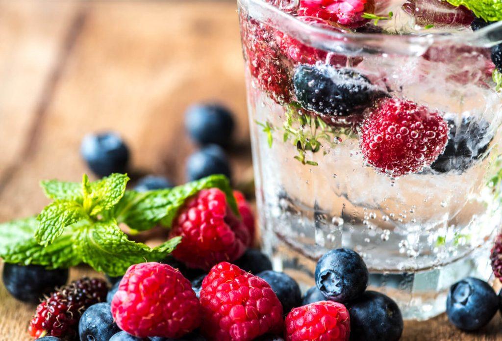 Η σημασία της ενυδάτωσης και 10 τρόποι για να θυμόμαστε να καταναλώνουμε νερό